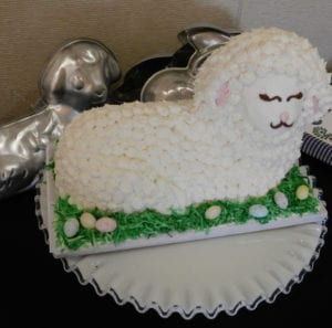 Lamb cake and molds