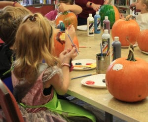 pumpkin-painting-party